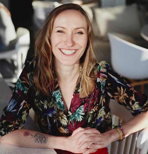 Psycholog, trenerka biznesu, wykładowca na Uniwersytecie SWPS, autorka książek i publikacji naukowych z obszaru motywacji, efektywności osobistej i job crafting